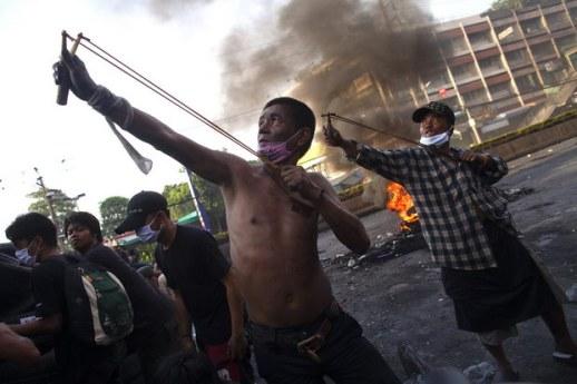 04_Nepokoje v Bangkoku2010